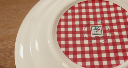 Bestelling bij Serviesshop.com at home with marieke stich servies detail onderkant