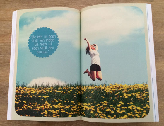 De Bikini Challenge door Mieke Kosters inkijk spreuk