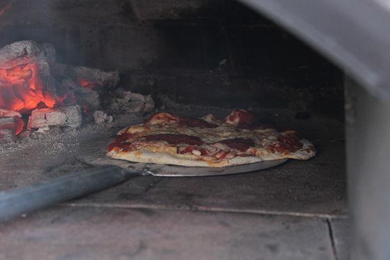 Pizza on Wheels nog een pizza