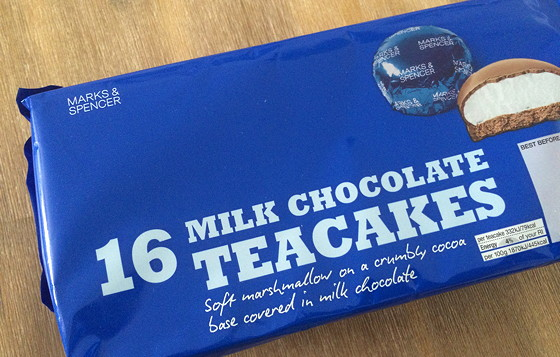 Marks and Spencer Shoplog milk chocolate teacakes